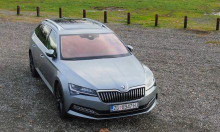 Škoda Superb Combi