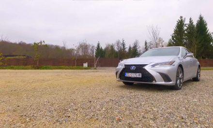 Lexus ES300 h